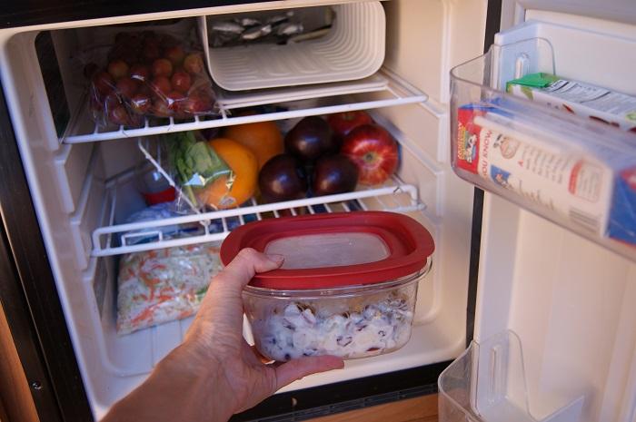 Can you freeze salad