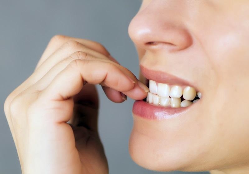 Nail biting: causes and remedies of nail biting